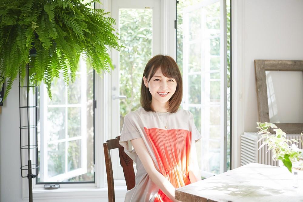 """石田紗英子さんが素の自分に戻る""""スイート""""なひとときの秘密兵器。 CARAMELIFE"""