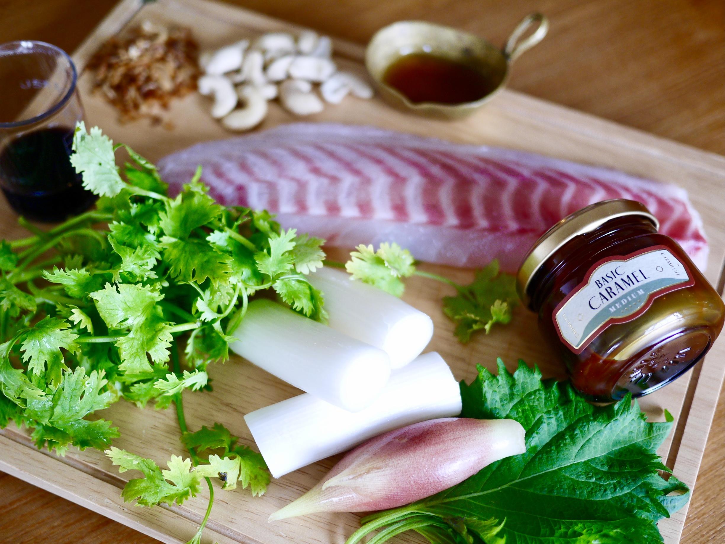 【プロに教わる、目からウロコのキャラメルレシピ】鯛のお刺身サラダwithキャラメルドレッシングbyスヌ子|CARAMELIFE
